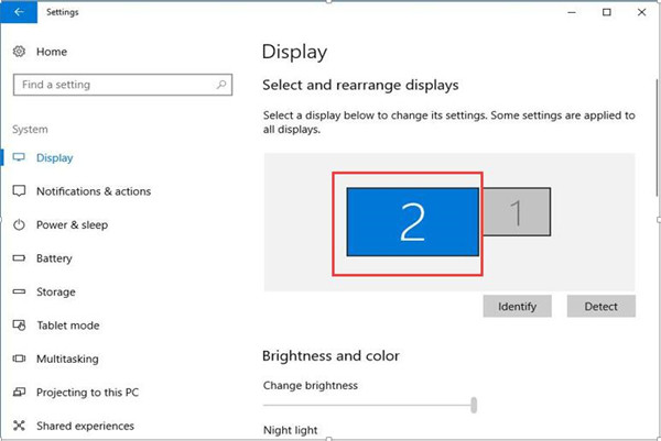 use the second monitor windows 10